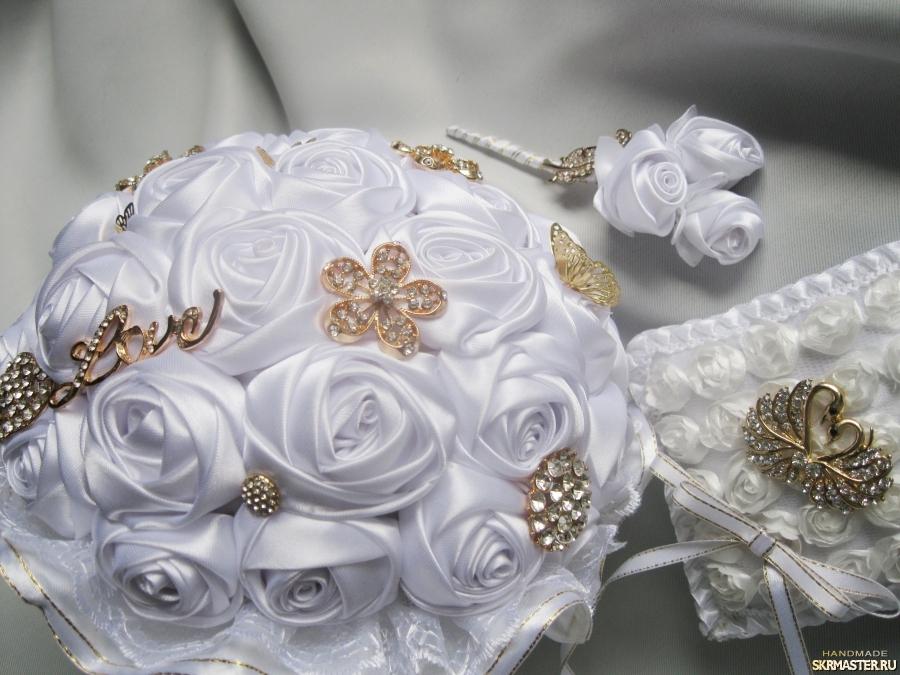 тут изображено Свадебный комплект Белоснежность