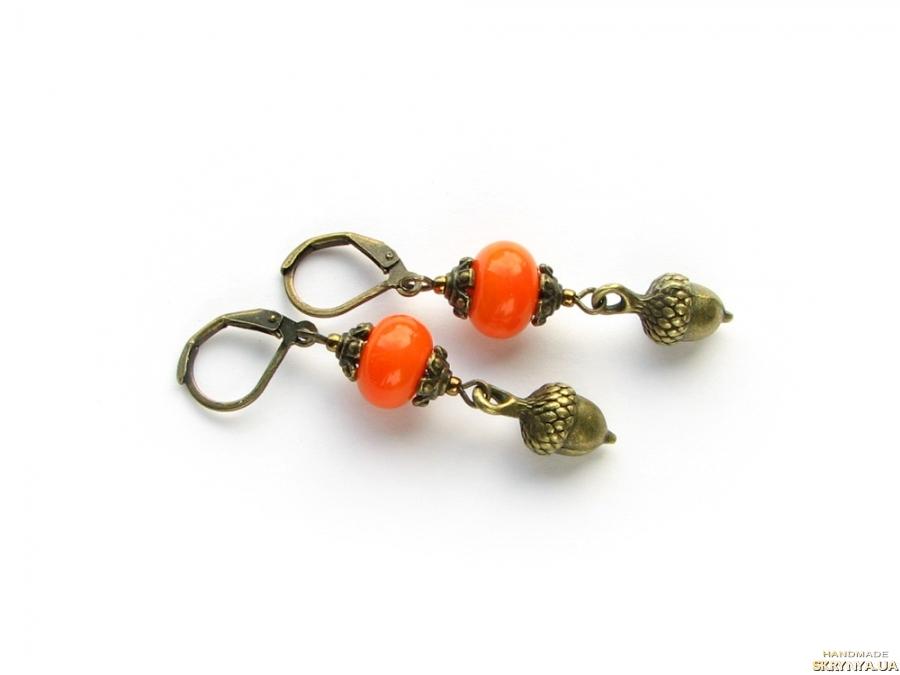 тут изображено Серьги ′Желуди′ оранжевые