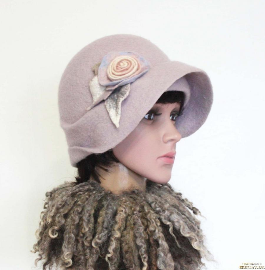 тут изображено ′Перванш′ шляпка - авторский войлок, ручная работа.