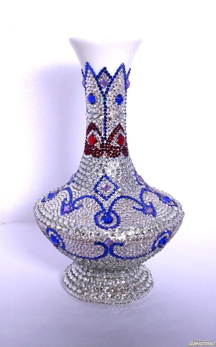тут изображено Интерьерная фарфоровая ваза