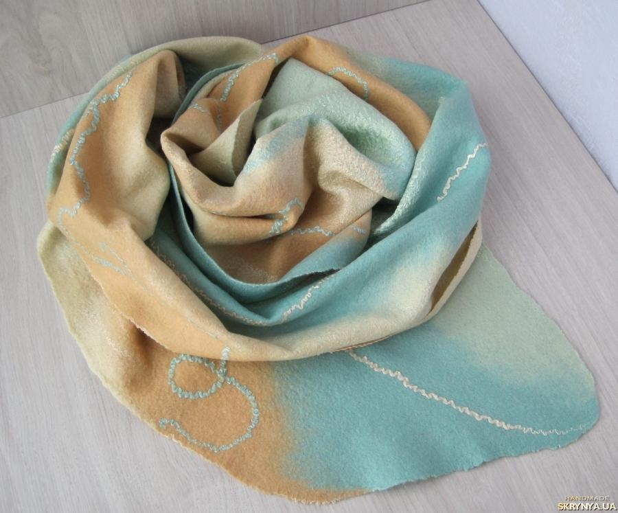 тут изображено Шарф валяный ′Мальдивы′, шарф женский мятный, шарф палантин валяный