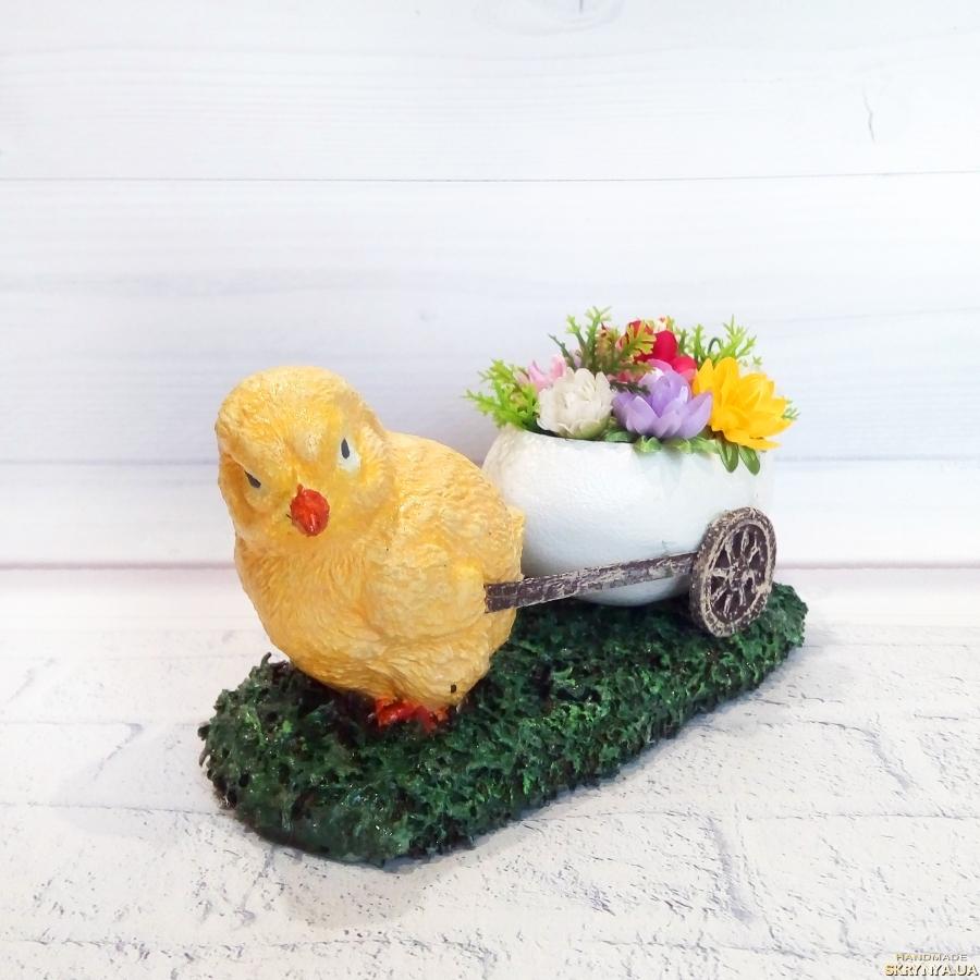 тут изображено Цветочная композиция цыпленок с яйцом Оригинальный подарок