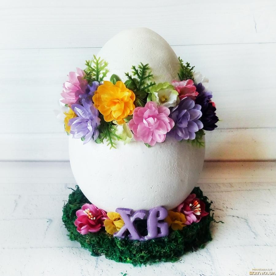 тут изображено Большое декоративное яйцо  Пасхальный сувенир