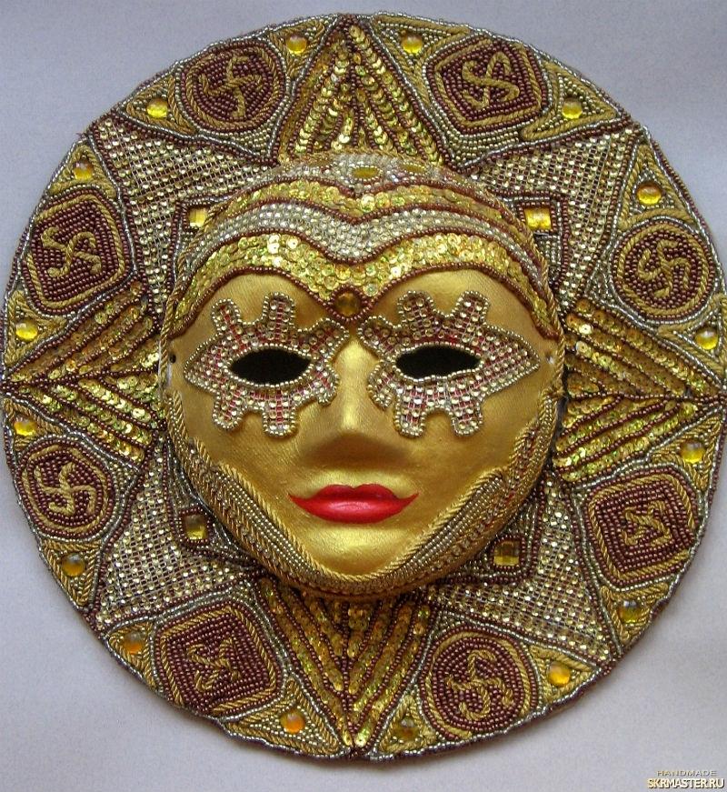 тут изображено Карнавальная интерьерная маска ′Золотое солнце′