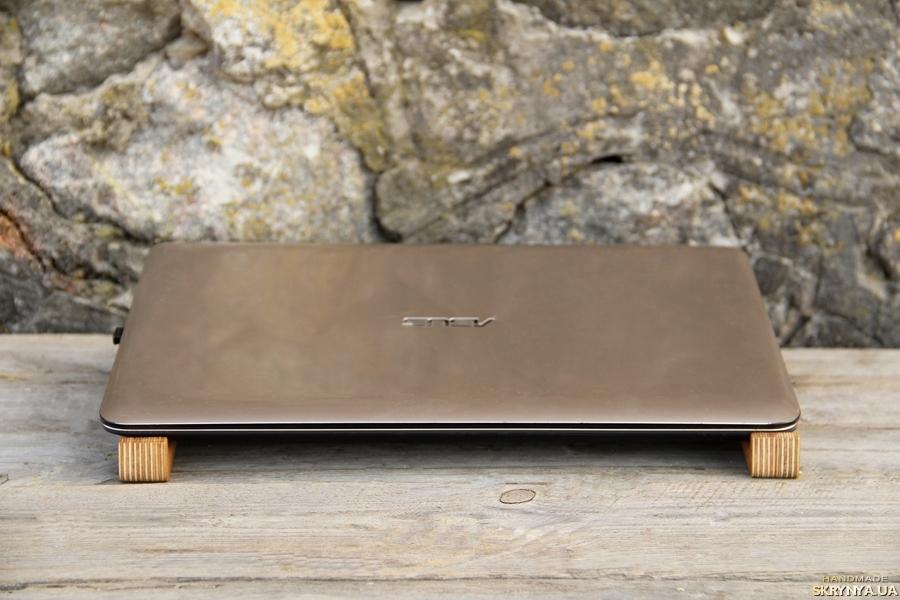 тут изображено Деревянная Подставка Для Ноутбука Макбука Macbook Підставка для Ноутбука