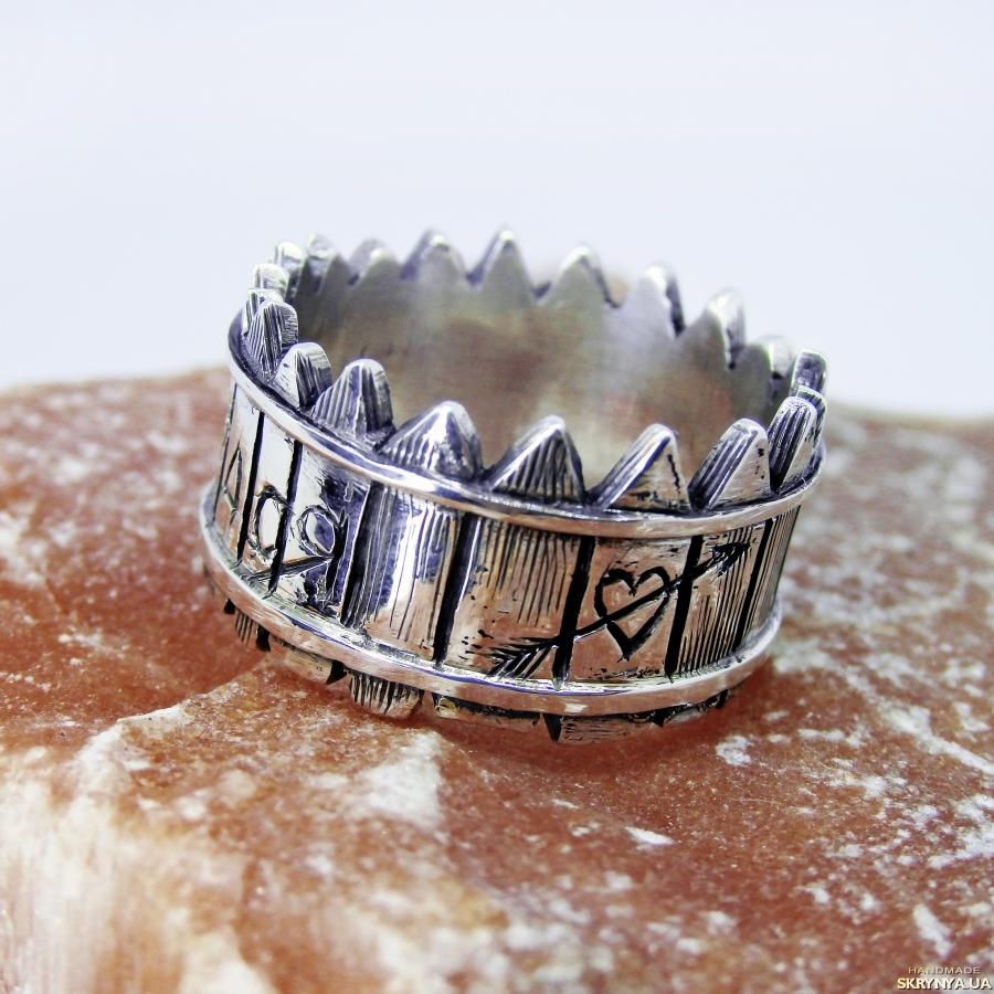 тут изображено Кольцо ′Забор′