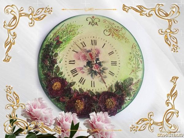 тут изображено Часы настенные Цветочное танго