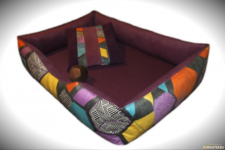 тут изображено Красочный лежак для собак средних пород