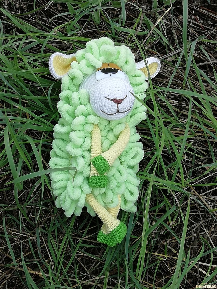 тут изображено Овечка зелёная