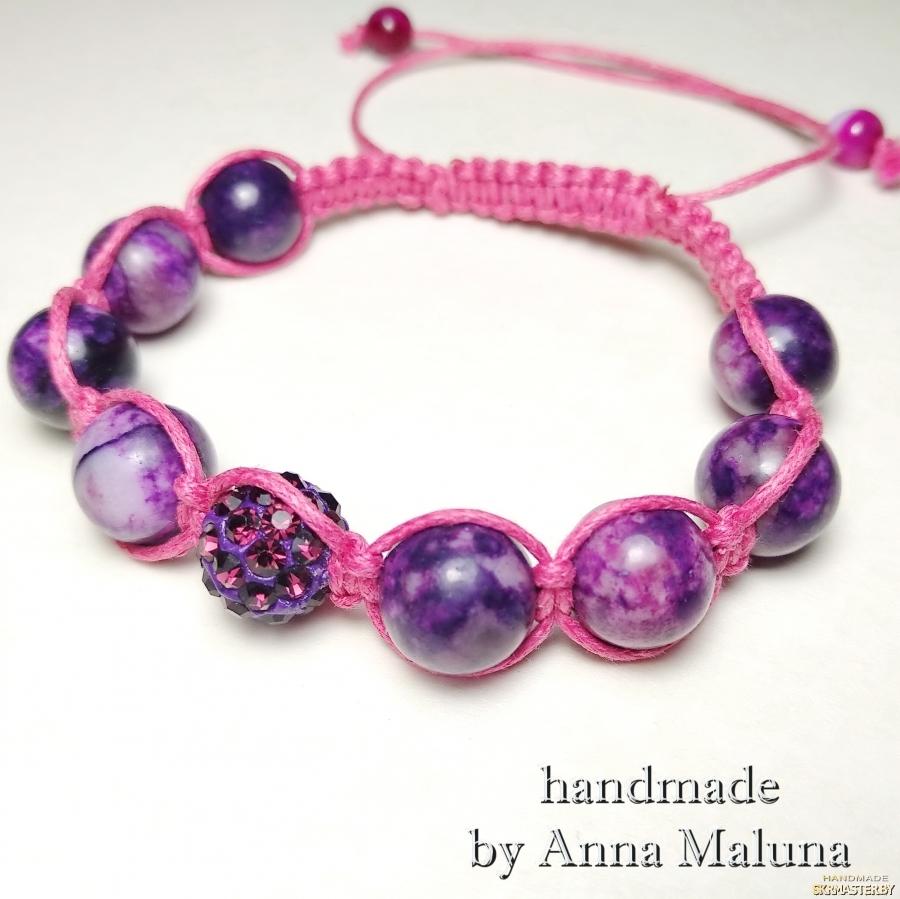 тут изображено Браслет шамбала ′Фиолетовый космос′ с натуральным камнем (агат)