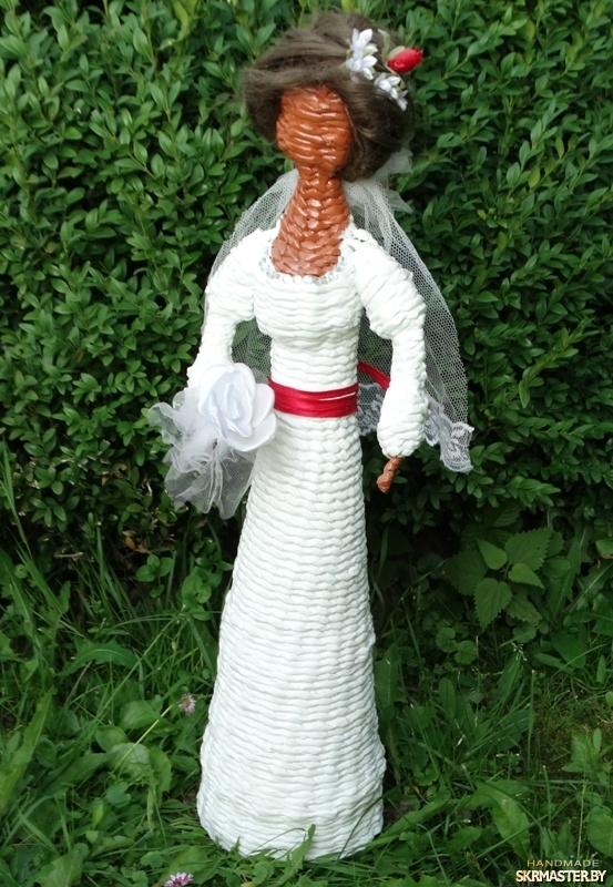 тут изображено Кукла-оберег Невеста