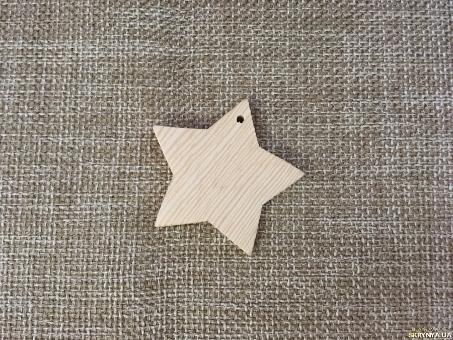 тут изображено Подвеска звезда