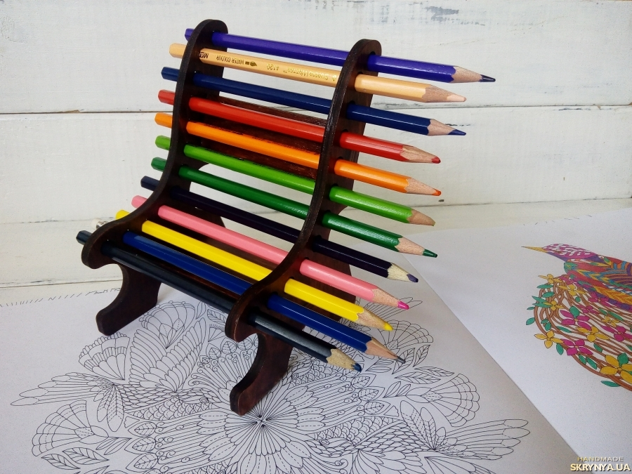 тут изображено Подставка для карандашей