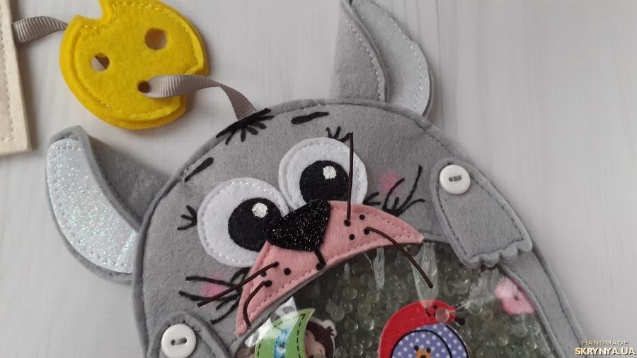тут изображено Игрушка искалка серый мышонок. Купить символ 2020года. Год мыши. Подарок.